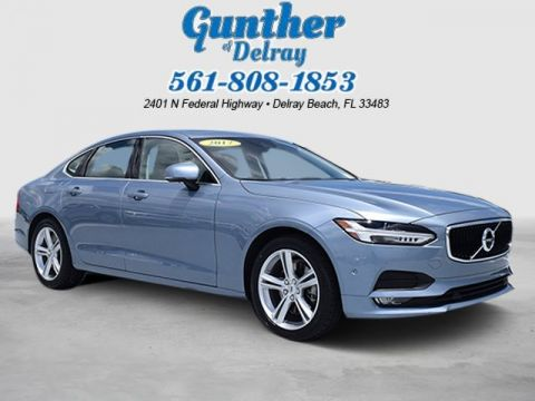 Pre-Owned 2017 Volvo S90 Momentum